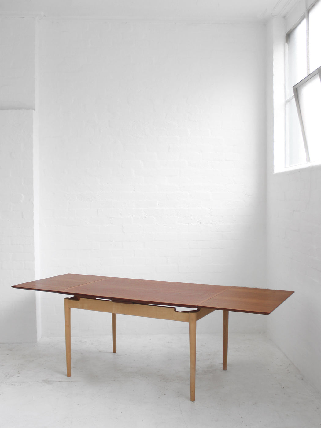 Kurt Olsen Extension Dining Table