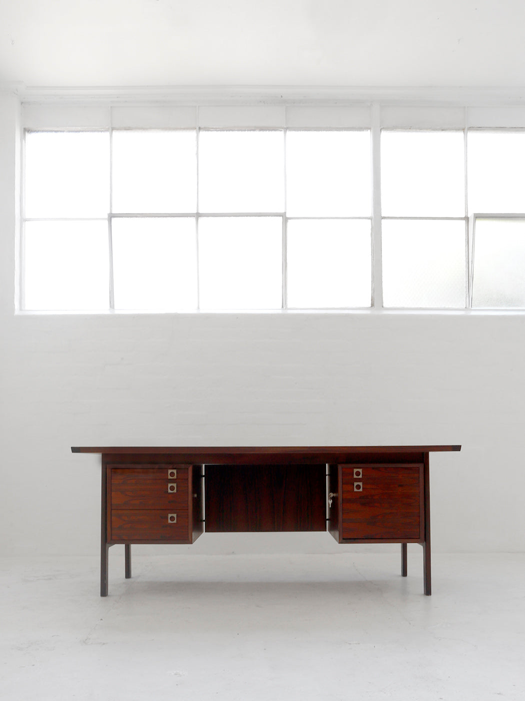 Arne Vodder Executive Desk