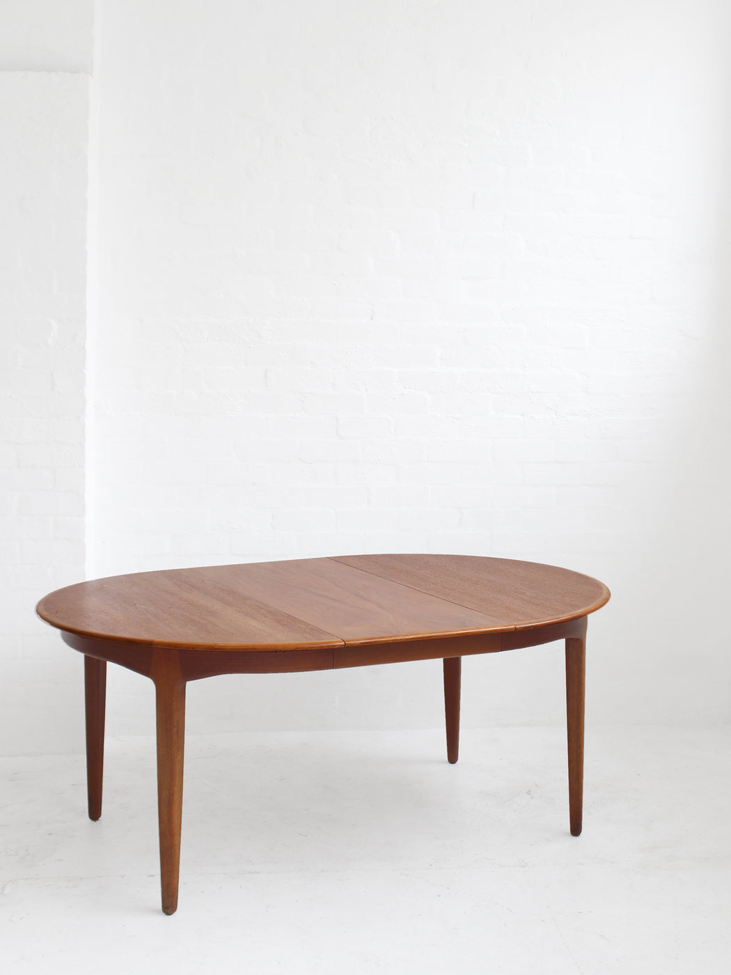 Henning Kjærnulf Dining Table