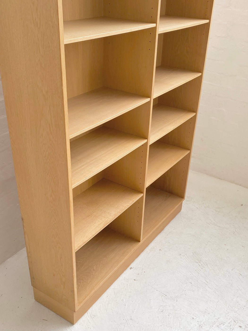 Omann Jun 'Model 12' Bookshelves