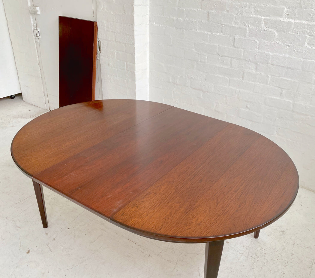 Omann Jun Rosewood Dining Table