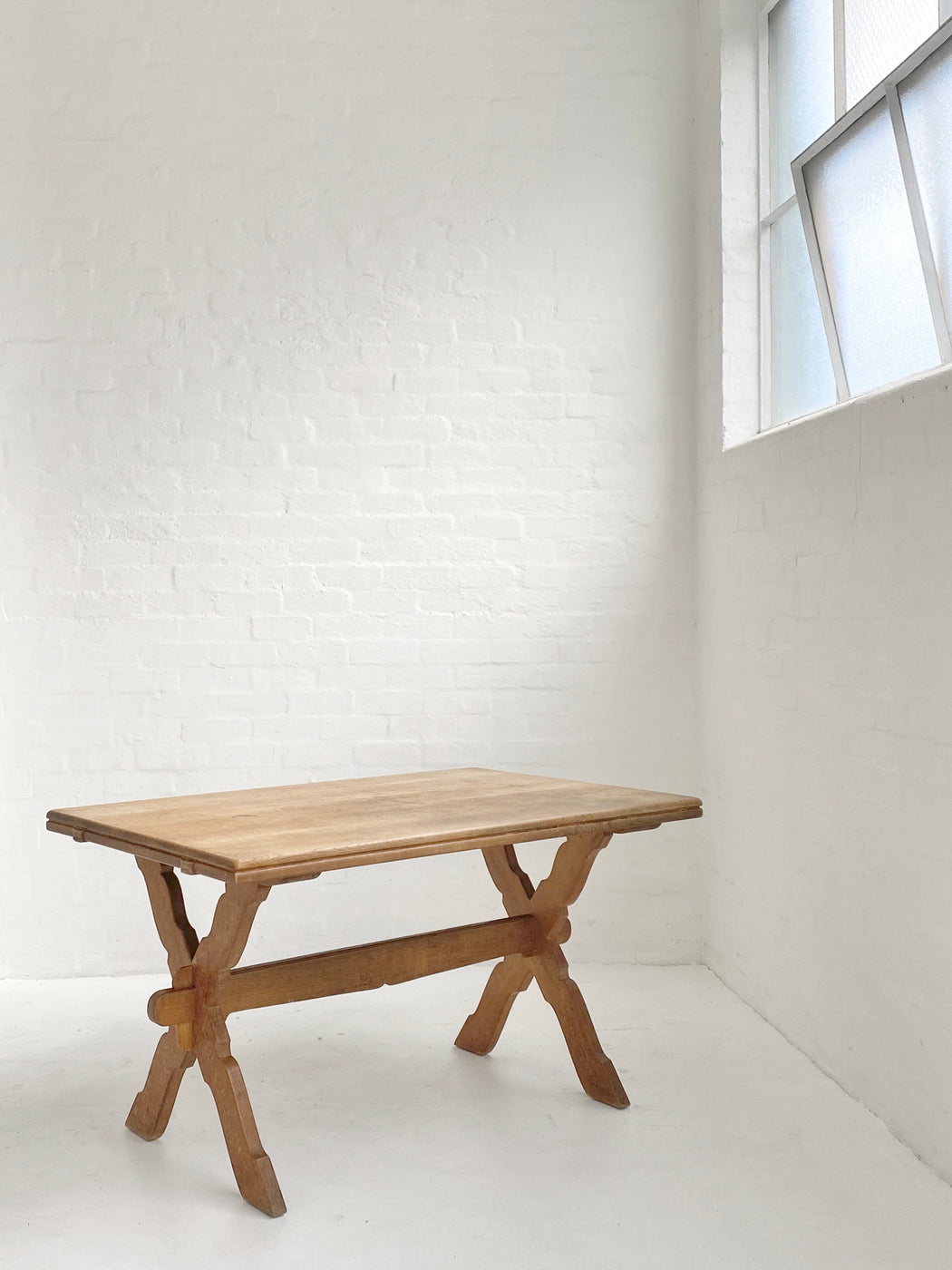 Henning Kjærnulf Oak 'Folk' Table