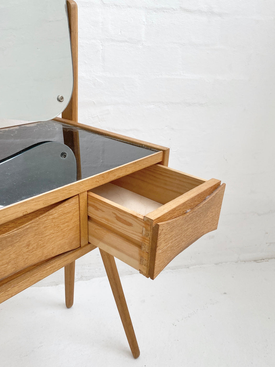 Arne Vodder Oak Dressing Table