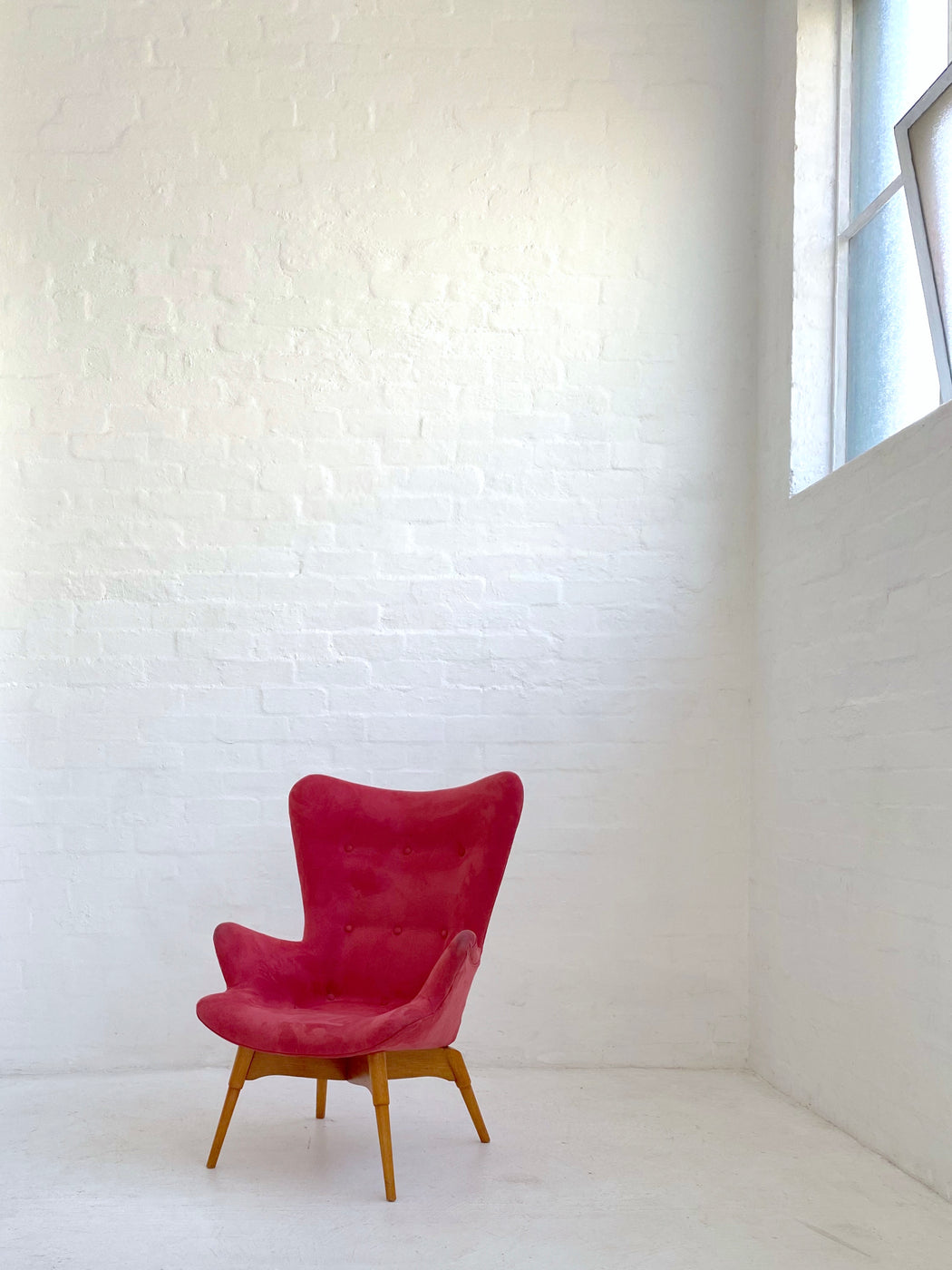Grant Featherston R160 'Contour' Chair