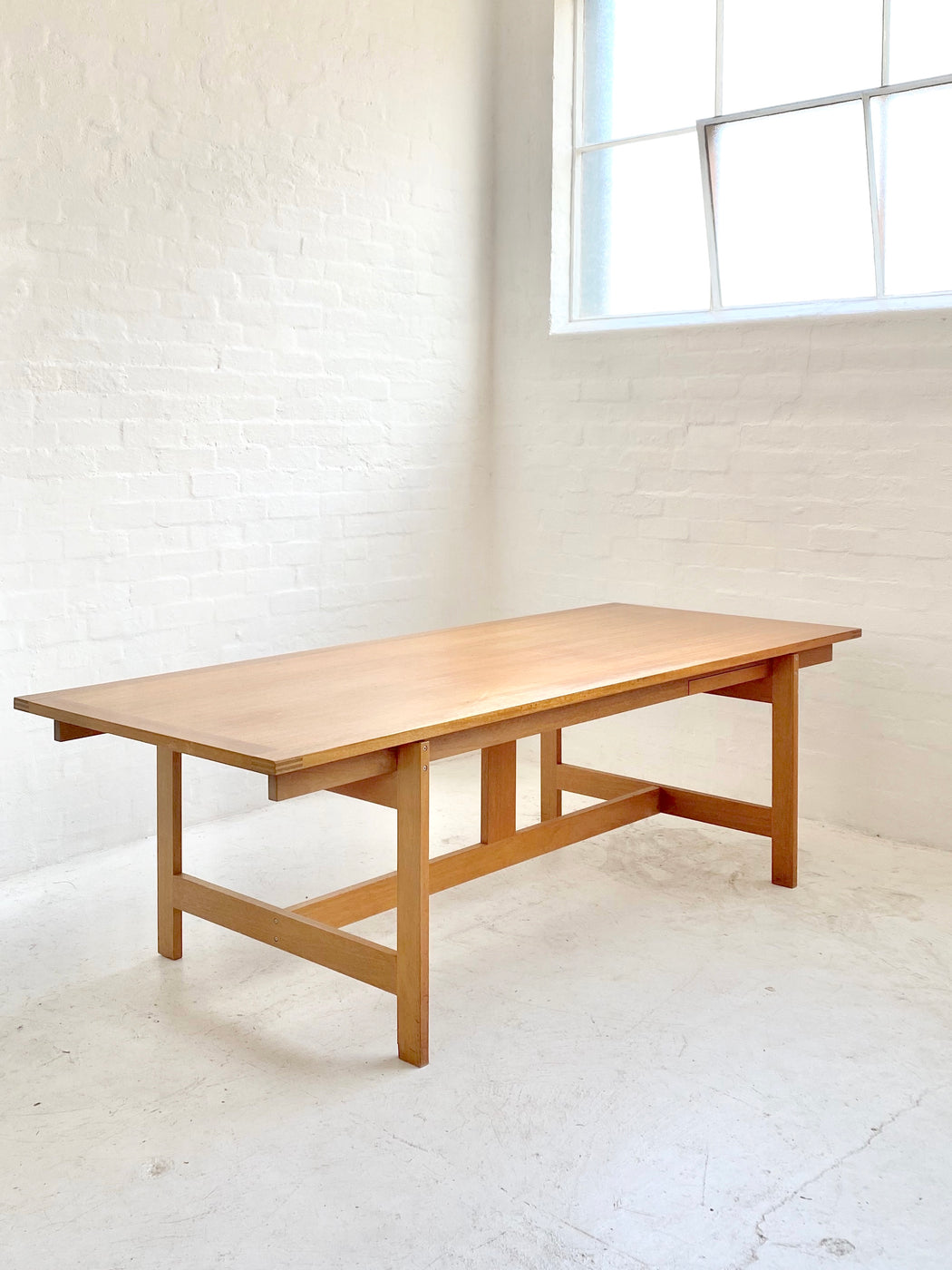 Henning Jensen & Torben Valeur Table