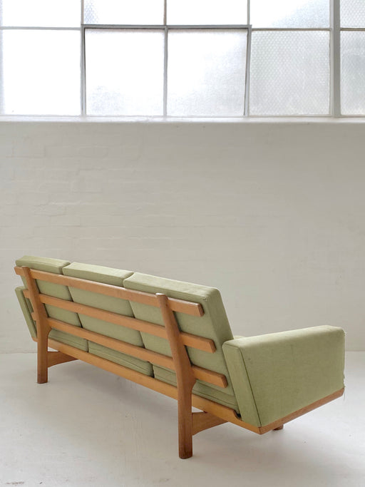 Hans J. Wegner 'Model Ge236' Sofa