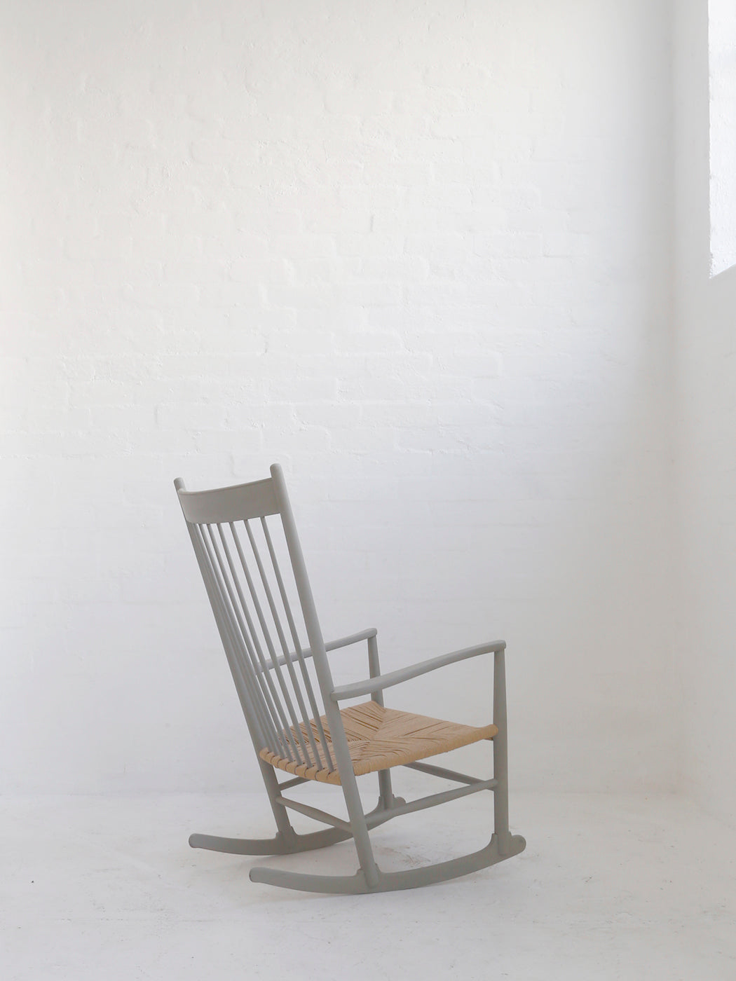 Hans J. Wegner 'J16' Rocking Chair