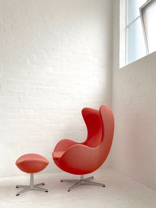 Arne Jacobsen 'Egg' Chair