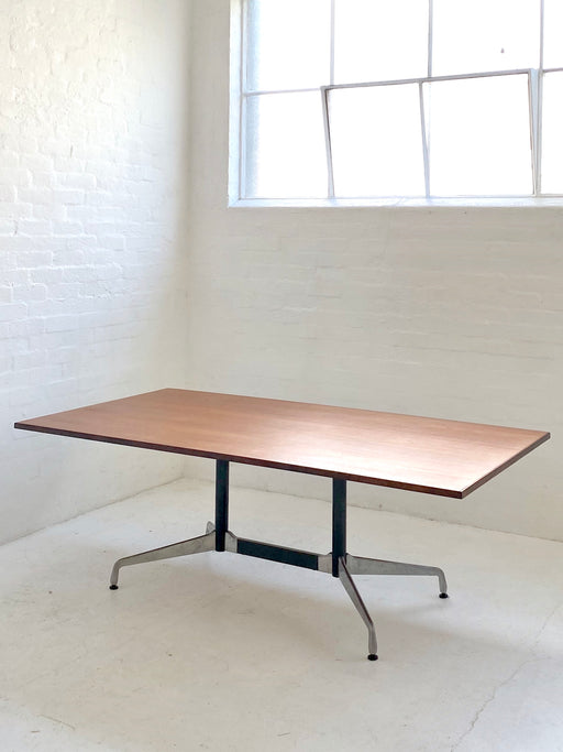 Eames Segment Base Table