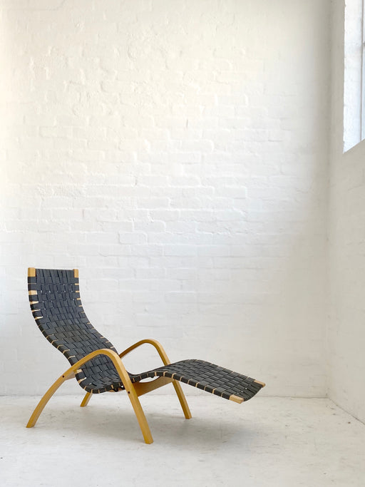 Modern Bentwood Chaise Lounge