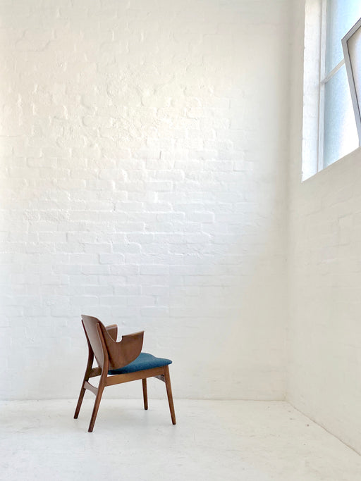 Hans Olsen Model 107 'Shell' Chair