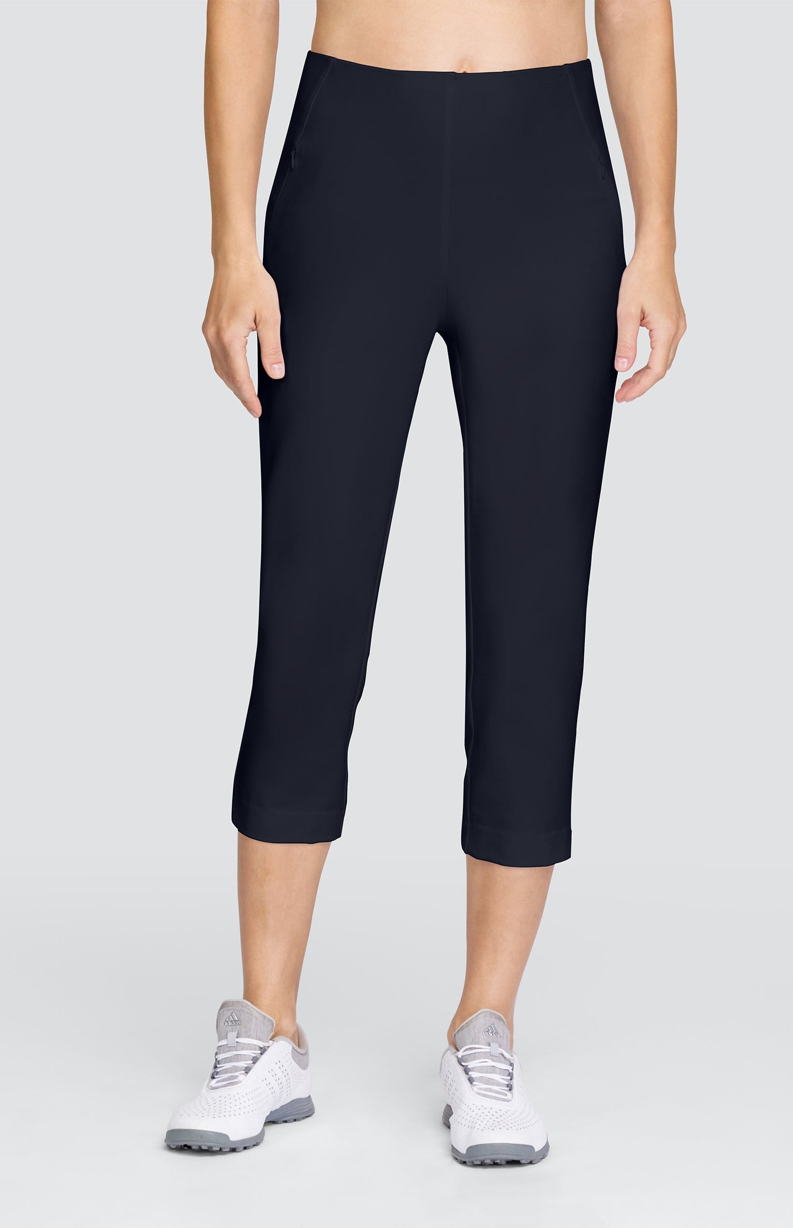 Allure Capri - Onyx Black