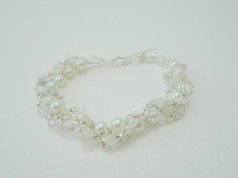 White Pearl and Crystal Beaded Bracelet