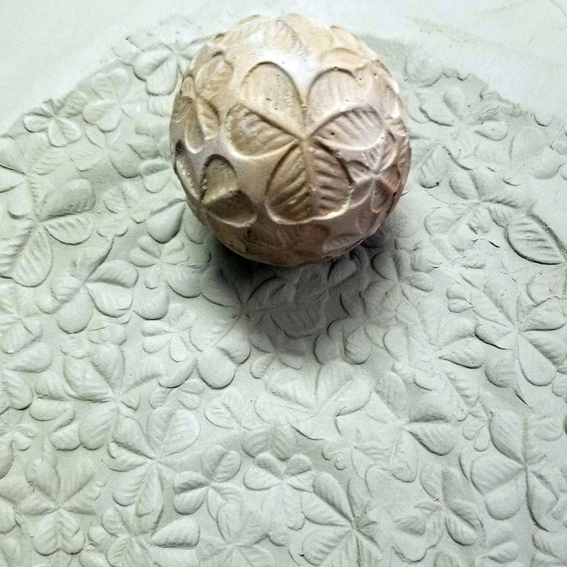 Clay Planet Texture Sphere – Clovers