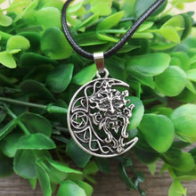 Load image into Gallery viewer, Spirit of Nature Handmade Pendant Necklace