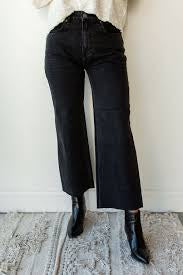 Gabi Crop Flare Black Denim