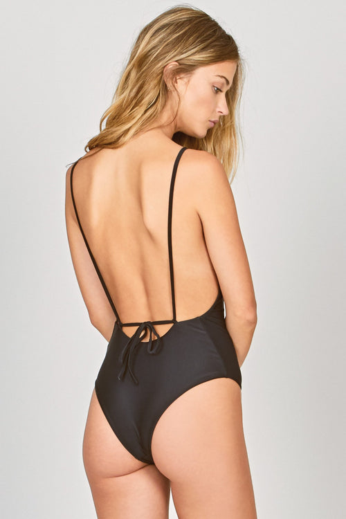 Isidora One Piece Black