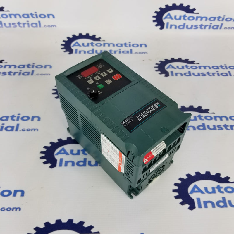 Reliance Electric MD60 6MDAN-8P0111 230VAC 2HP Drive