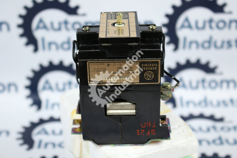GE General Electric CR120BD03048 Control Relay NEW