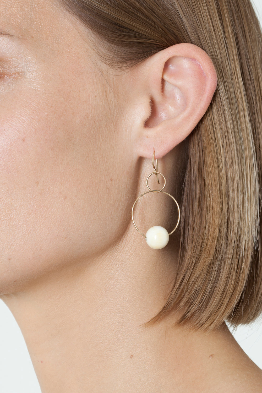 BLUNK DOUBLE HOOP EARRINGS - Gold & Bone