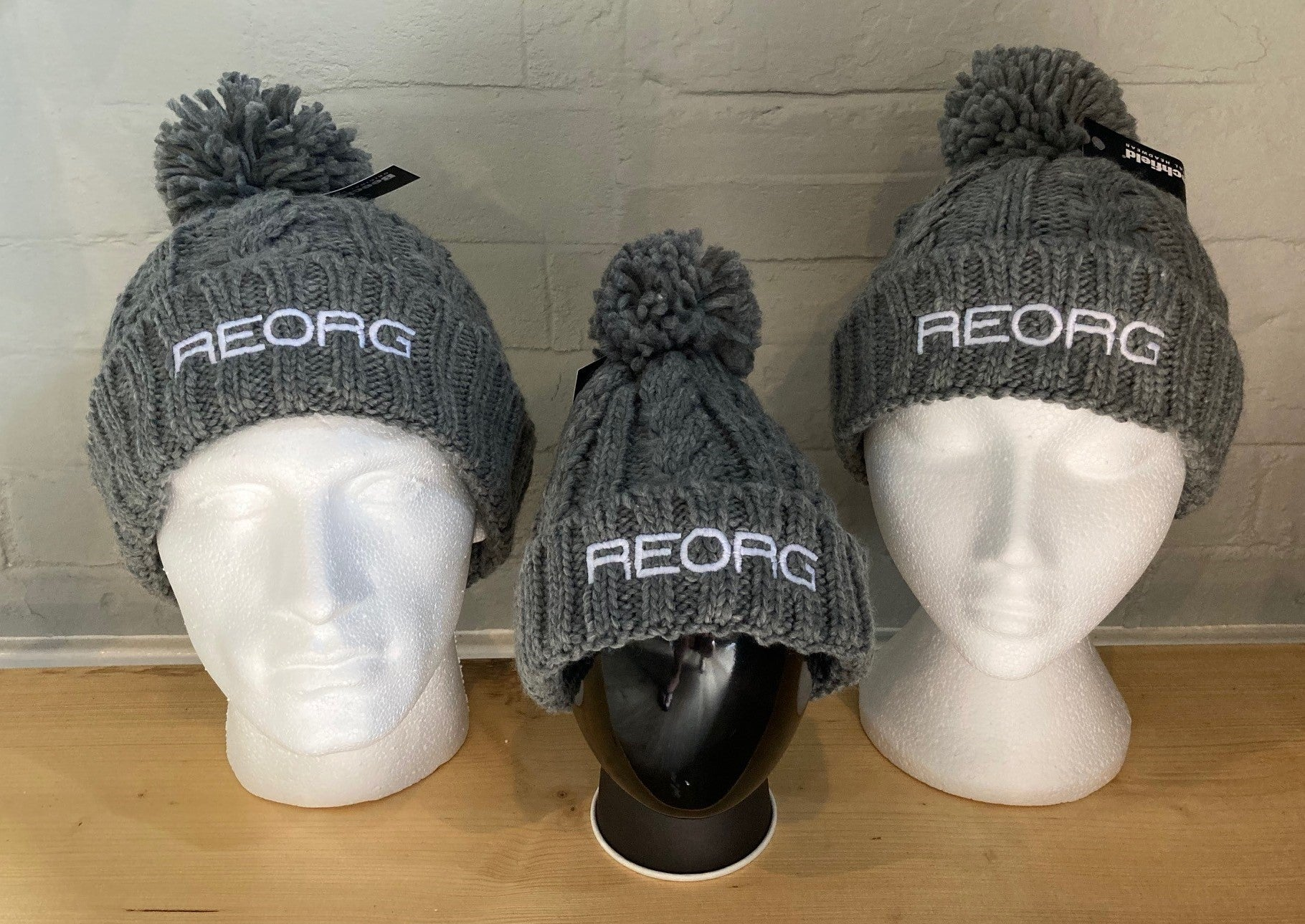 REORG Ladies Cable Knit Beanie