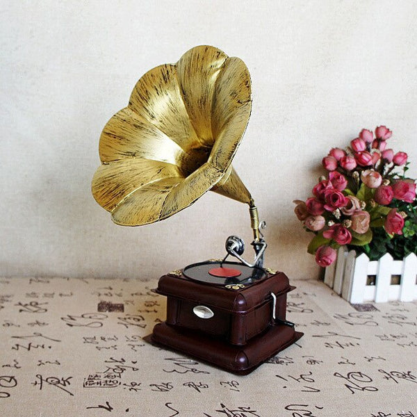 Vintage Nostalgic Phonograph Model Crafts Retro Record Player Miniature Ornament offee Bar Home Office Decor Furnishing Articles