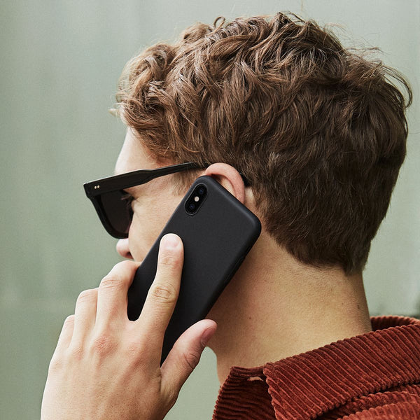 Ohut iPhone XS kuori V2 - Stealth black