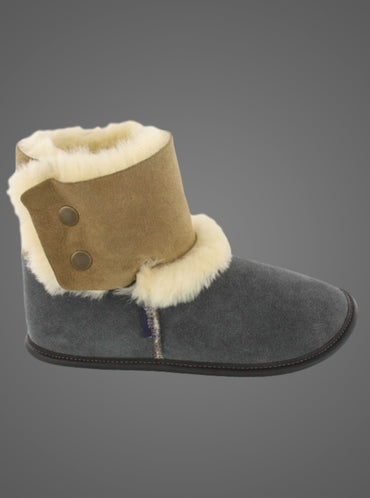 GARNEAU REVERSED SHEEPSKIN BOOTIE SLIPPERS 0210