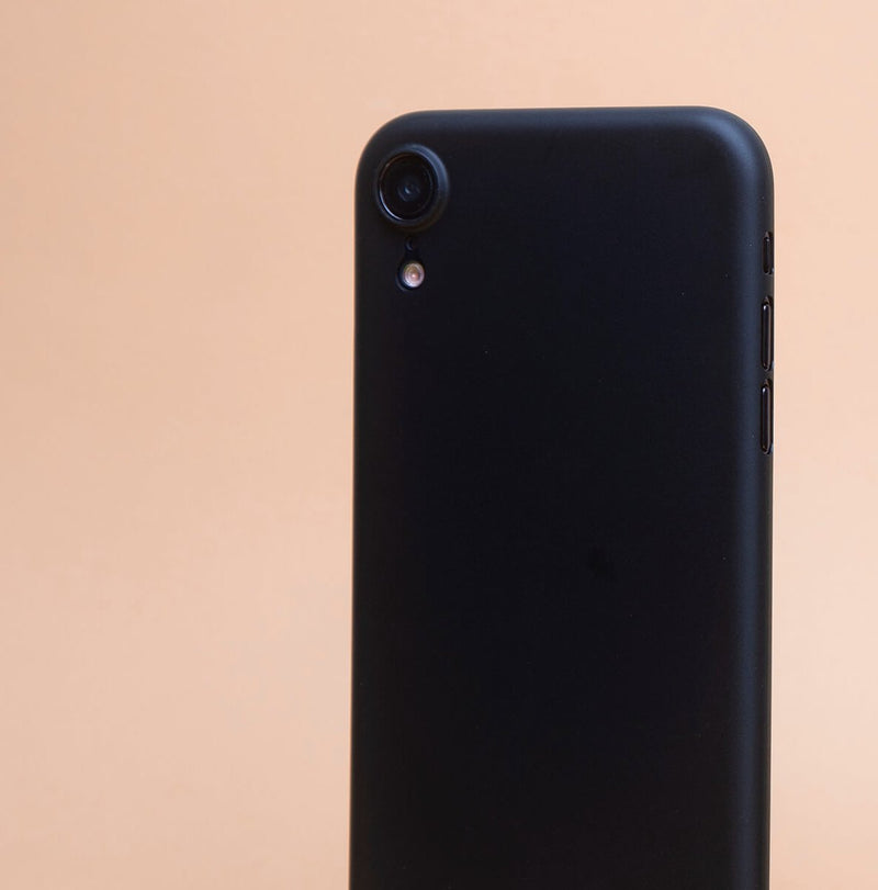 Supertynt iPhone XR 6,1 deksel - Solid black