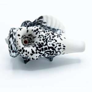 Hardman Art Glass Spiked Seashell Spoon [White w/Black Spots]