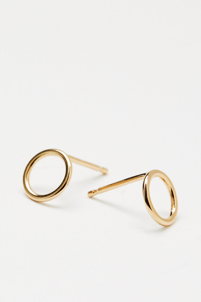 Small Open Circle Studs - Gold