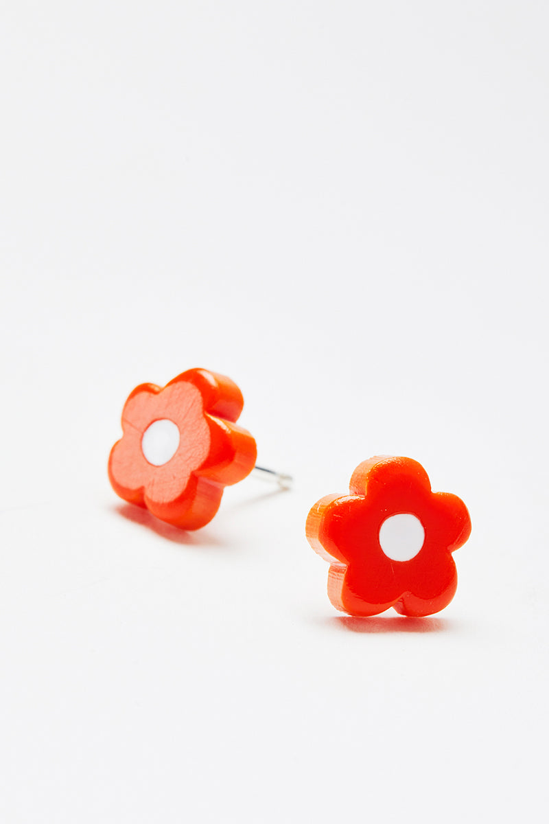 Tiny Mod Flower Studs in Tomato