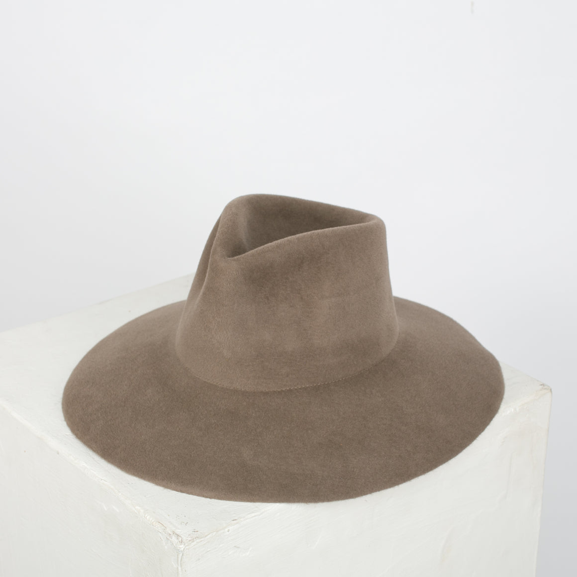 Wide Brim Pinch Hat