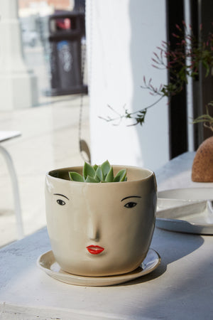 Face Pot + Saucer Set