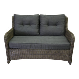 The Classic - Loveseat