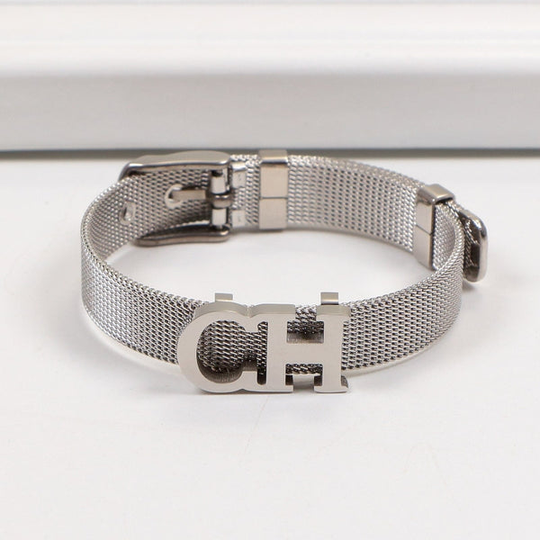 Chanel fashion ladies simple New Popular High end Bracelet CH alphabet with bracelet