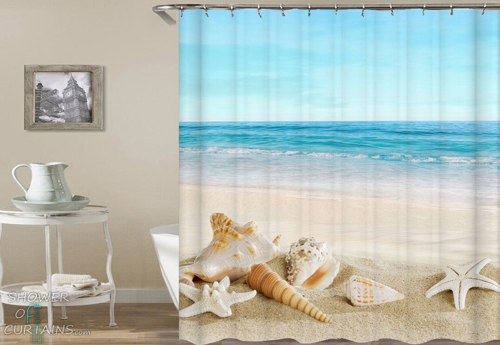 Beach Shower Curtain of Peacefully Seashells Bath Mat