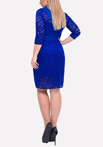 Blue Patchwork Lace Bow Plus Size Round Neck Midi Dress