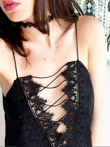 Cute Lace Spliced Bandage Cross Ties Top Camisole