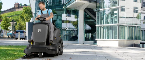 Ride-on Vacuum Sweepers
