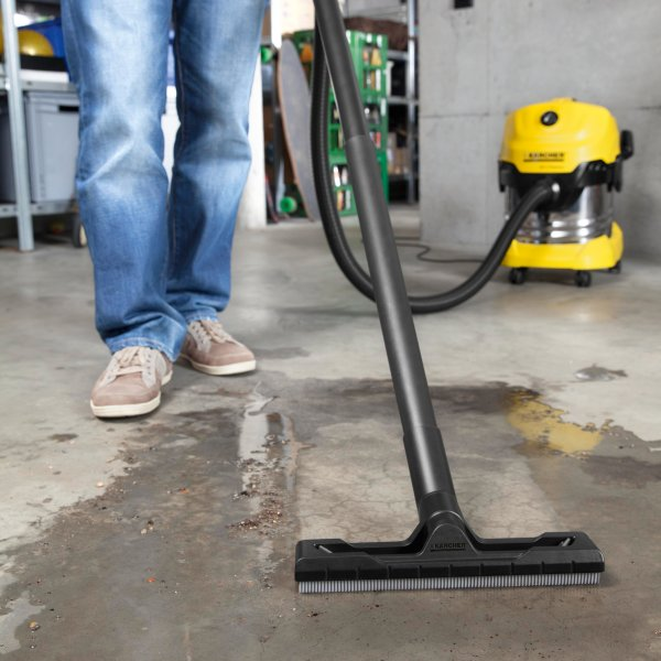 Bekend KARCHER WD 4 Premium Wet & Dry Vacuum Cleaner NEW - 01925 44 44 64 YR03