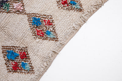 vintage moroccan rug with brown diamond patterns - beige tassel area carpet