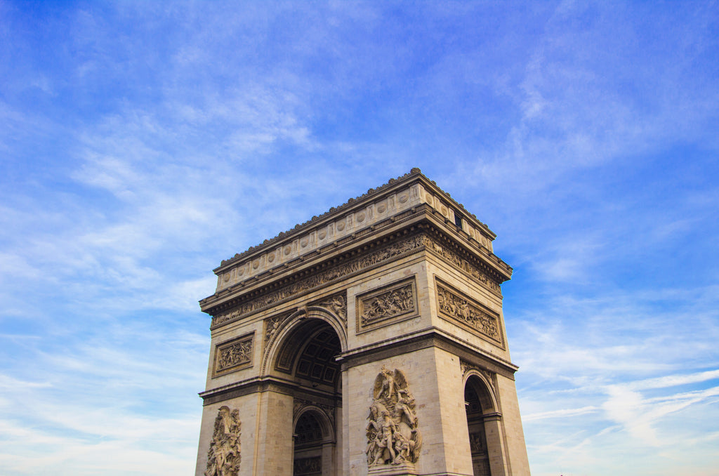 A World Record Run - Marble Arch to Arc de Triomphe