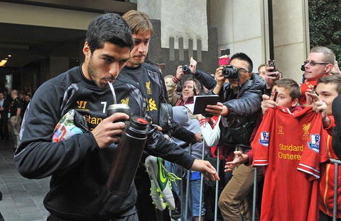 Suarez always drinks yerba mate pre-game. Traditionally, yerba mate is drunk through a 'bombilla' (metal straw).