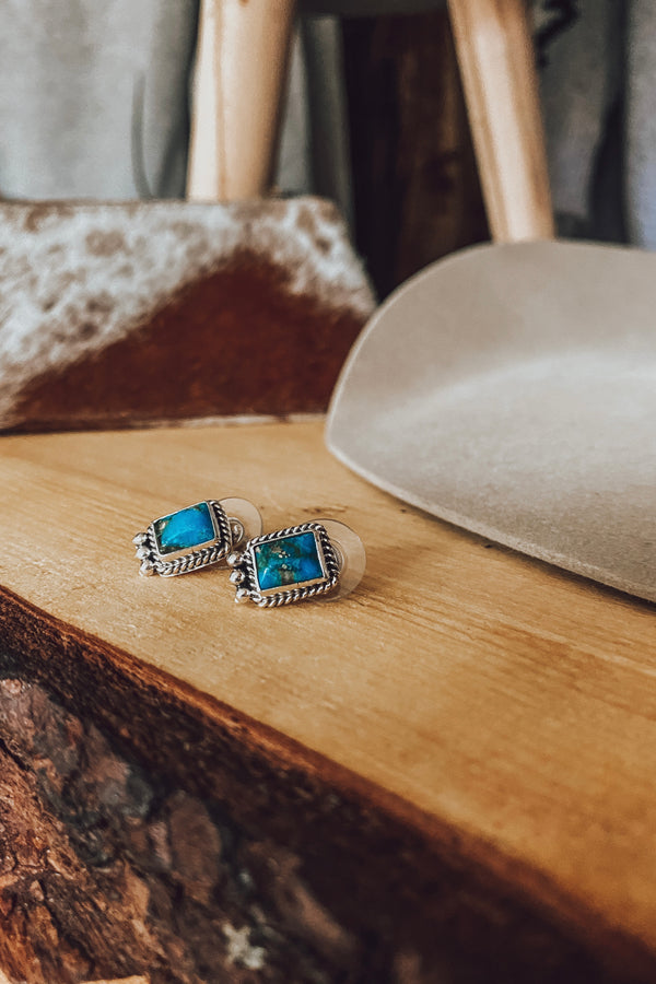 3 Queens Turquoise Studs
