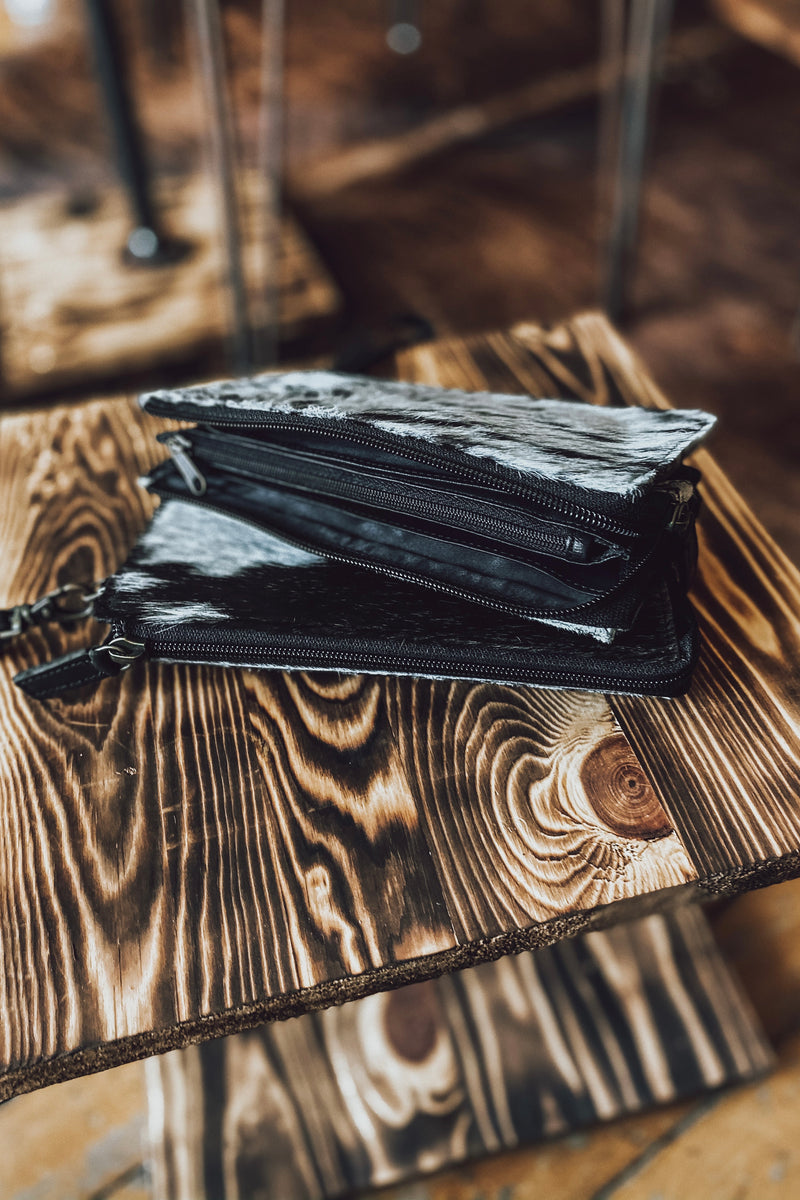 The Avalo Cowhide Wallet - Black & White