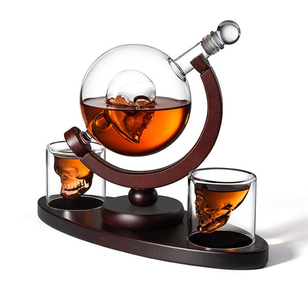 850ml Whiskey Decanter Set Skull Vodka Globe Decanter with 2 Glasses Liquor Dispenser with Wood Stand for Bourbon