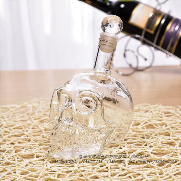 For Skull Shaped Wine Decanter Glass Bottle Crystal Skull Head Vodka Beer Whiskey Shot Glasses Bottle Cups Bar Home Decoration