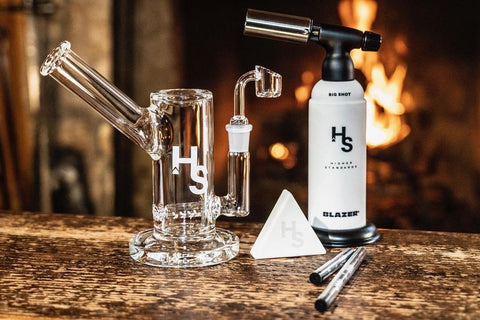 Higher Standards Rig with White Silicone Storage Container