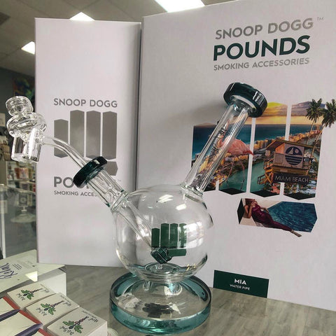 Snoop Dogg Pounds MIA Water Pipe